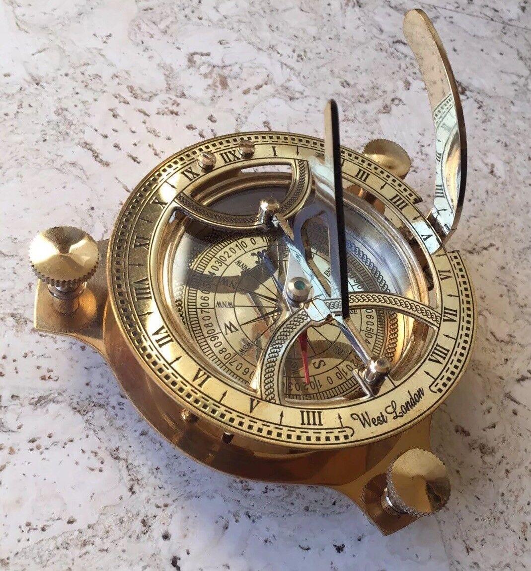 Kompass mit Sonnenuhr , Messing , Navigation , maritimes Geschenk , Stiefele Yacht