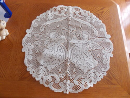 HERITAGE LACE IVORY ANGELS 20 INCH DIAMETER DOILY ITEM 6075