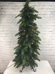 Slim Green Downswept Christmas