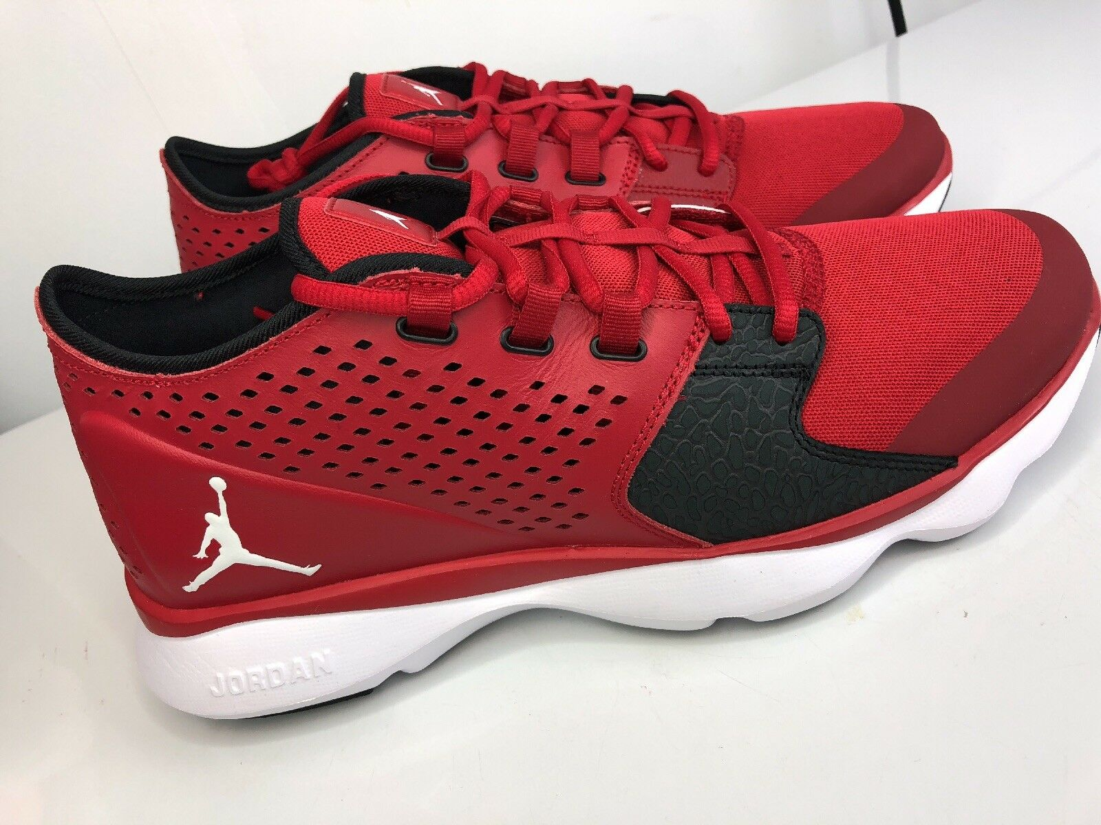 Men's 12  NIKE Red Air Jordan Flow Training shoes   833969-601 NEW Basketball