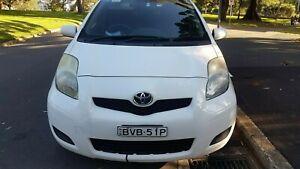 Toyota-yaris-2010-white-rego-2021-regular-serviced-log-book-one-owner