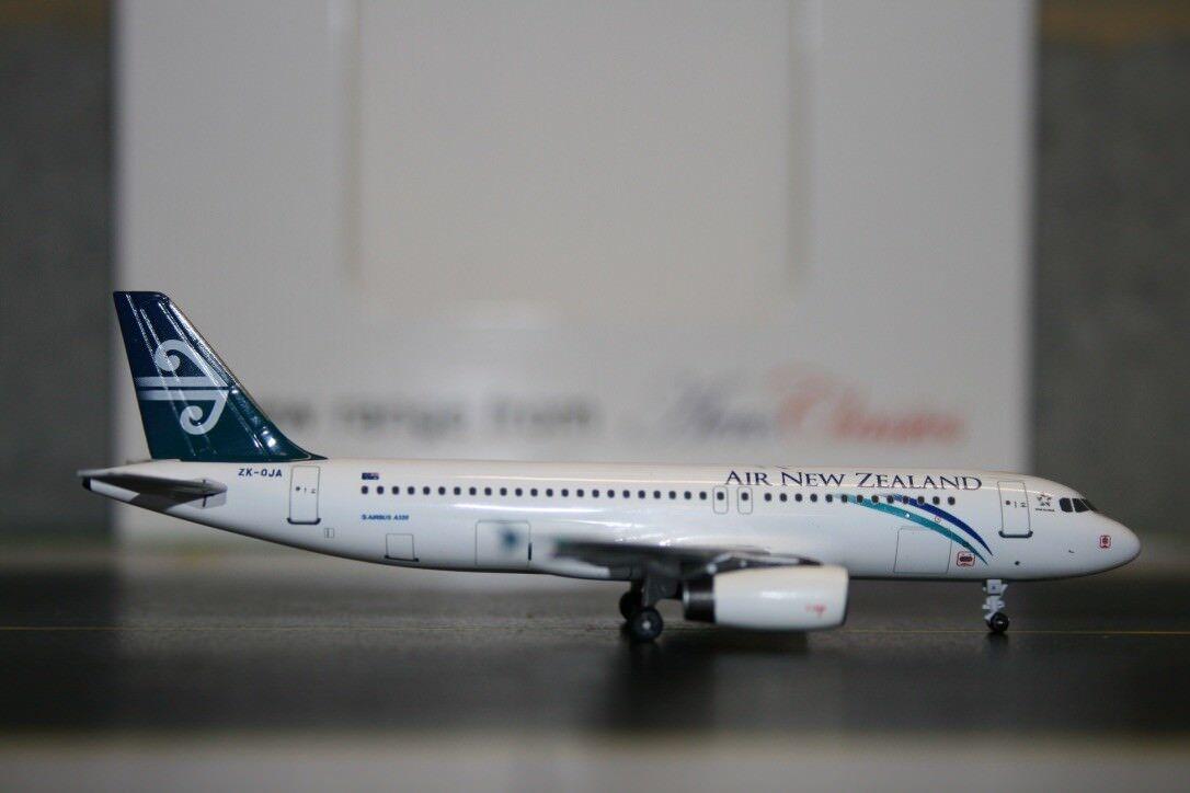 Aeroclassics 1 400 Air New Zealand Airbus A320-200 ZK-OJA (ACZKOJA) RARE