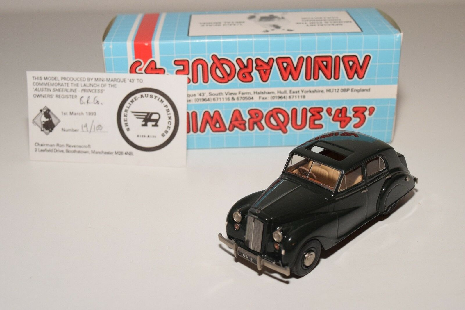 MINI MARQUE '43 AUSTIN PRINCESS DS2 SALOON OPEN SUNROOF Verde MINT BOXED