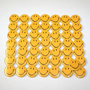 Smiley-Face-Badge-Lot-x50-Bulk-Wholesale-Badges-Buttons-Size-32mm-Smilies