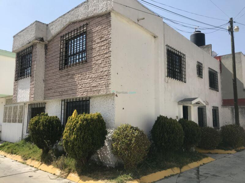"""RENTO OFICINA (Amueblada). TOLUCA, San LORENZO TEPALTITLAN, """"AV. STA ELENA"""" 8 AREAS, $12,500"""