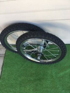 16-X-175-2-125-BIKE-WHEELS-W-TIRES-TUBES-MOUNTED-5-16-034-FRONT-3-8-034-REAR-NEW