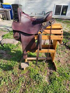 "Tucker Endurance Saddle 16"" seat"