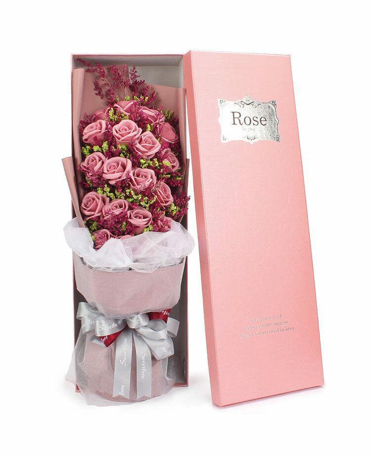 Je t'aime conservés frais Gypsophile + 19 Tiges de roses ROSE immortelle Savon Fleur