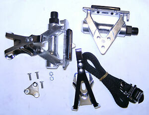 RACE-ROAD-BIKE-CYCLE-PEDALS-amp-TOE-CLIPS-amp-STRAPS-9-16-034-clip-in-pedal-universal
