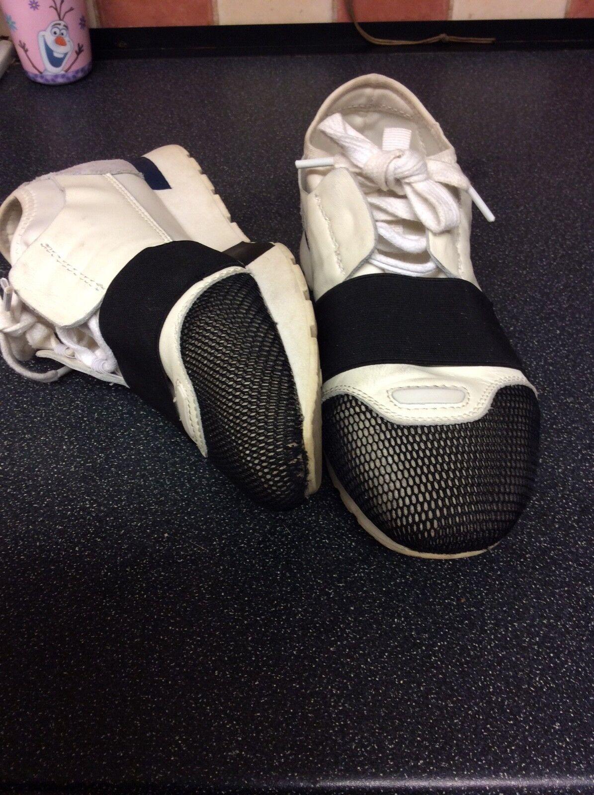 Balenciaga Runners size 6 used white