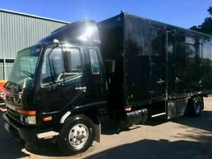 Ex-Mitsubishi-Show-Truck-Pantech-great-courier-or-Motorhome-NO-RESERVE
