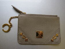 MCM kleine Börse Schlüsselanhänger beige GHW genarbtes Leder key pouch