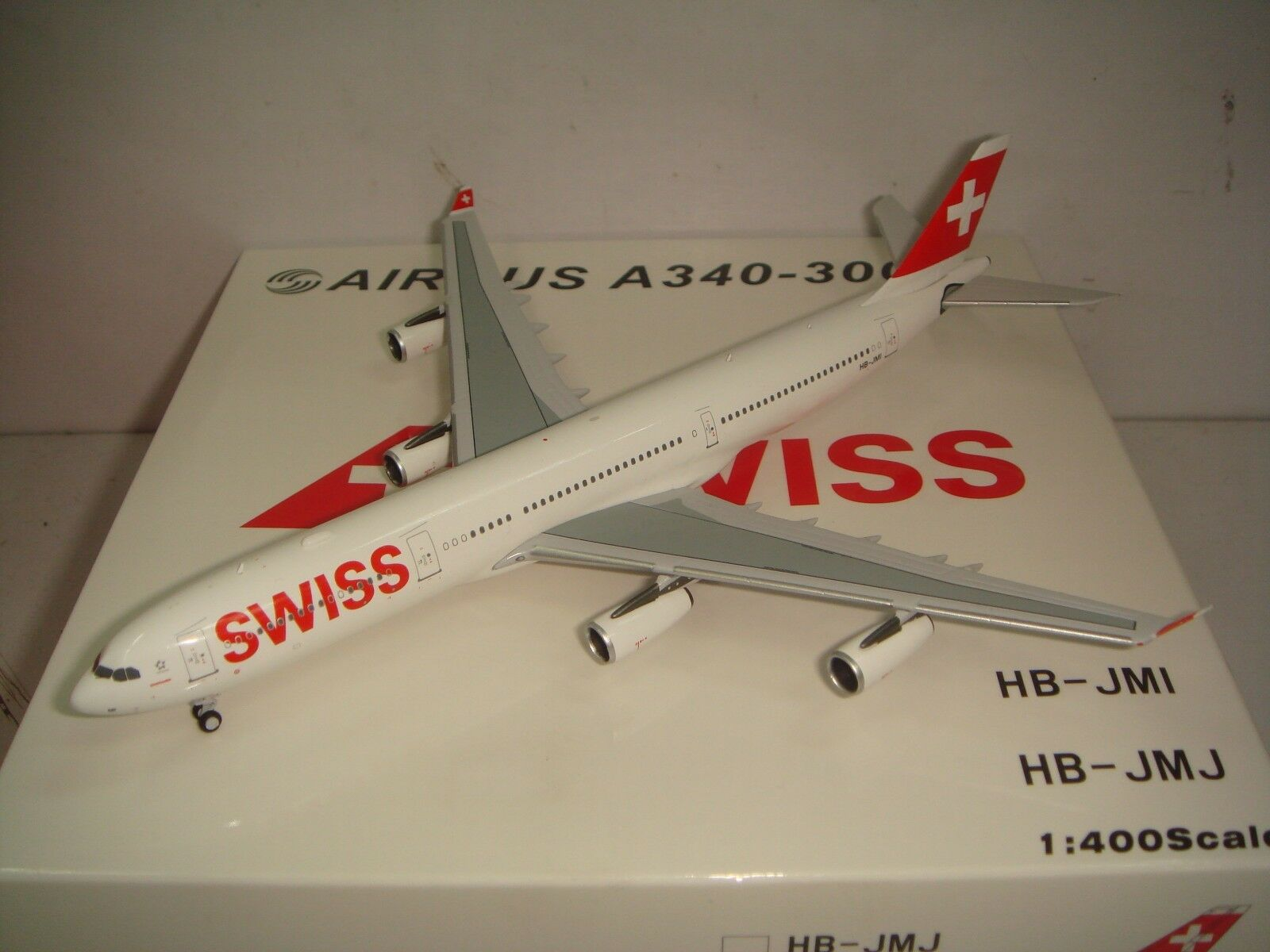 Swiss International Air Lines A340-300  2010s Coloreeeee  1 400