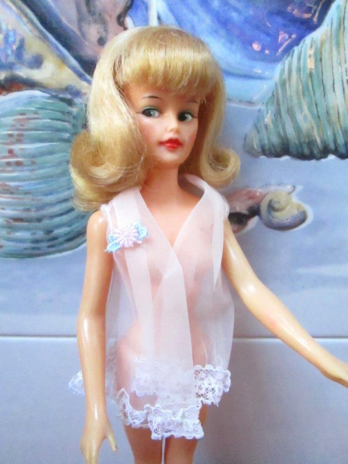 1965 Ideal  Miss Clairol  Glamour Misty  como nuevo rostro + larga rubia Flip  Original Traje