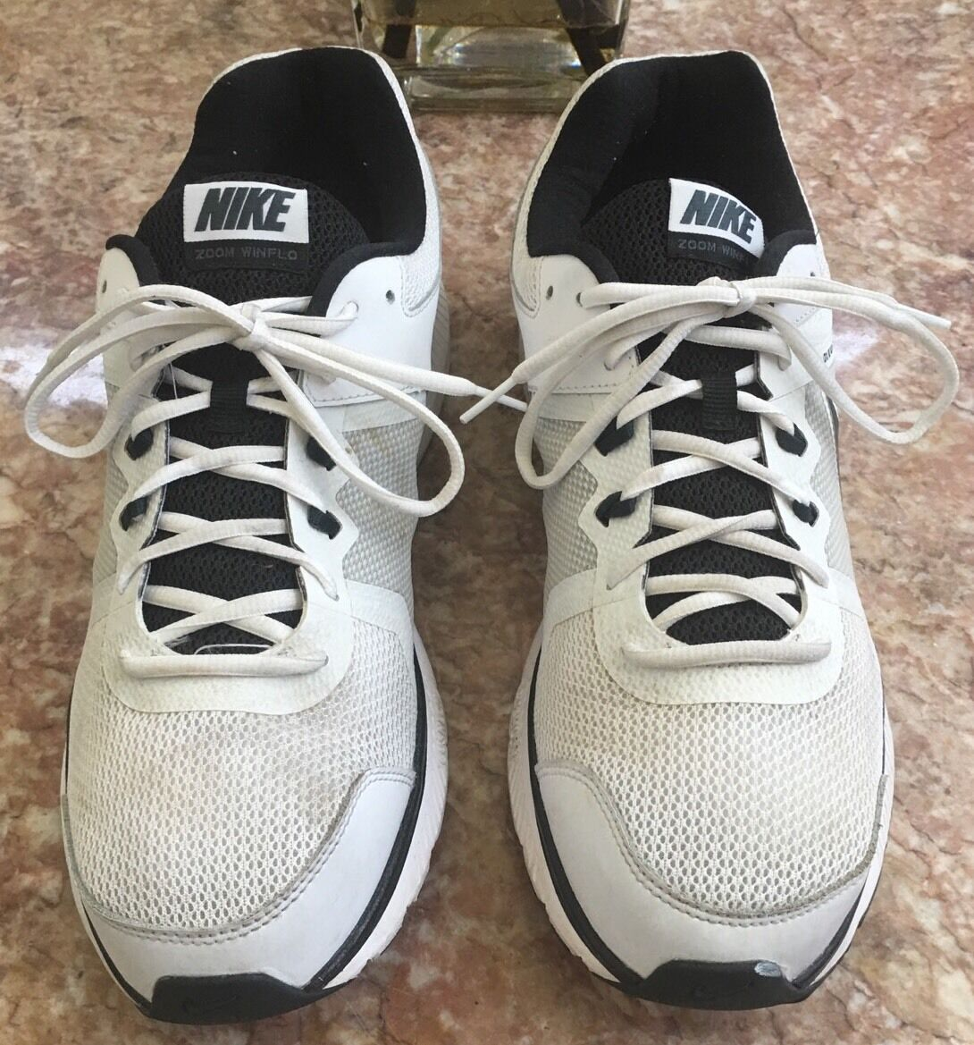 NIKE ZOOM WINFLO MEN'S RUNNING WHITE CHARCOAL -BLACK SHOE 684488-100 SIZE EUC