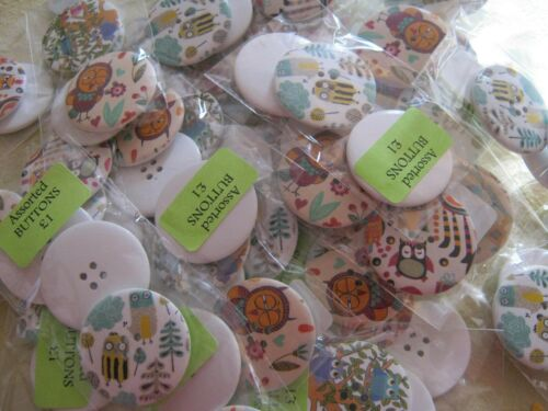 **NEW** variety of cols /& designs LARGE OWL Buttons Pkt of 3 40mm wide
