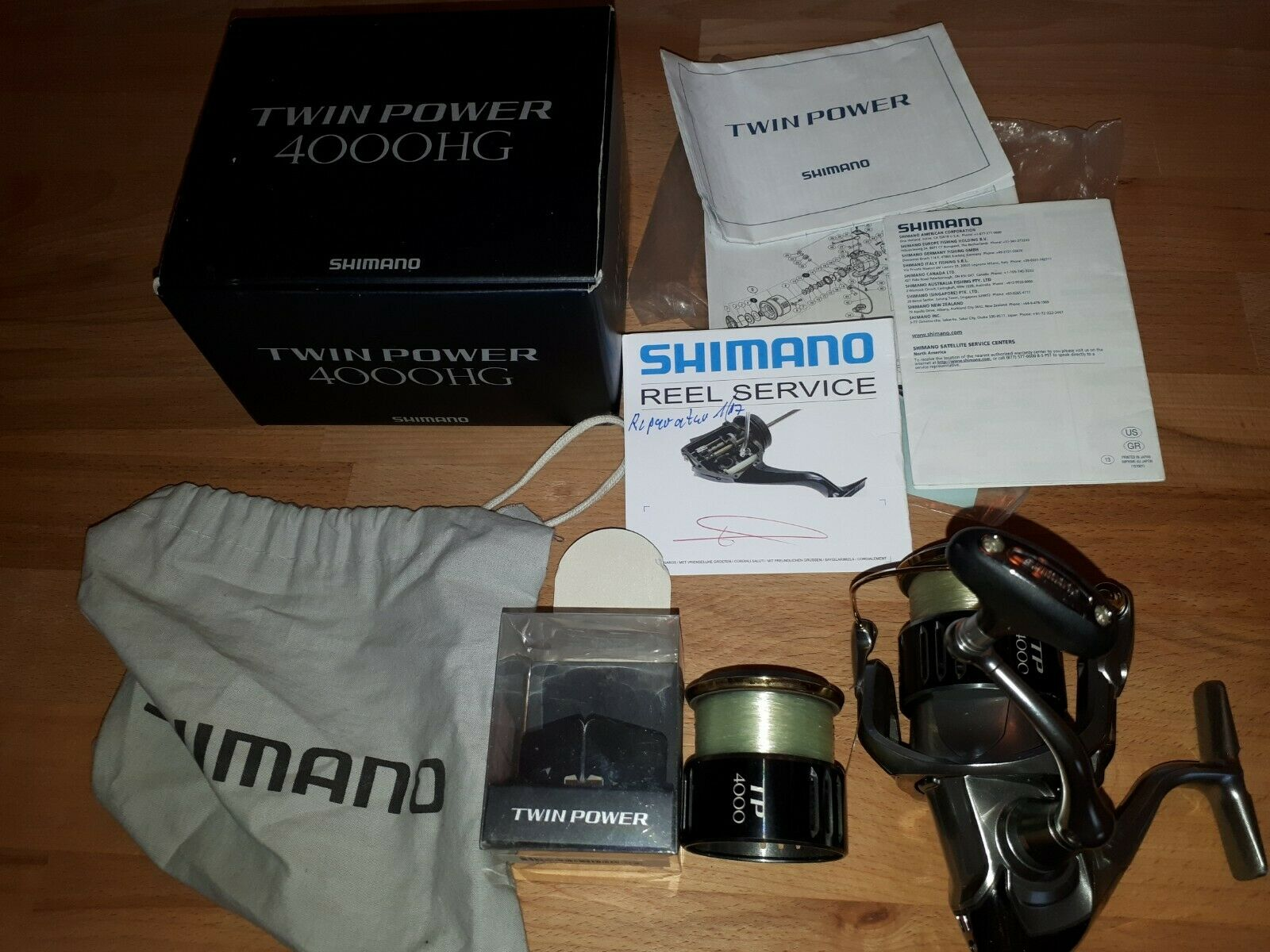 SHIMANO TWIN POWER 4000hg con extra Spool in Condizione Top