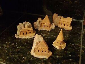 Vintage-Hand-Carved-Wood-Bark-Set-of-5-houses-Village-decorative-Folk-Art
