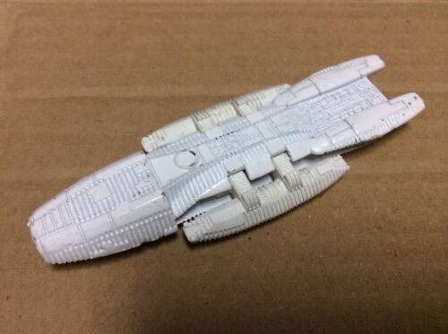 Hasbro Titanium Battlestar Galactica Prototype de cuirassé blanc en métal moulé