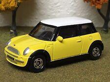 Ertl Collectibles, Tomy, 1/57 SCALE Mini Cooper 2004