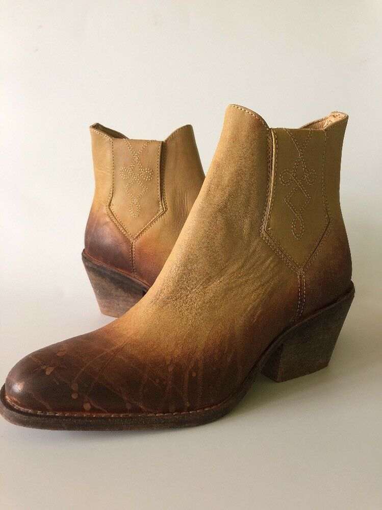 NWOB Farylrobin FREE PEOPLE Braun Tan and Braun PEOPLE Distressed DOVER Booties Stiefel, Größe 8 b1bef7