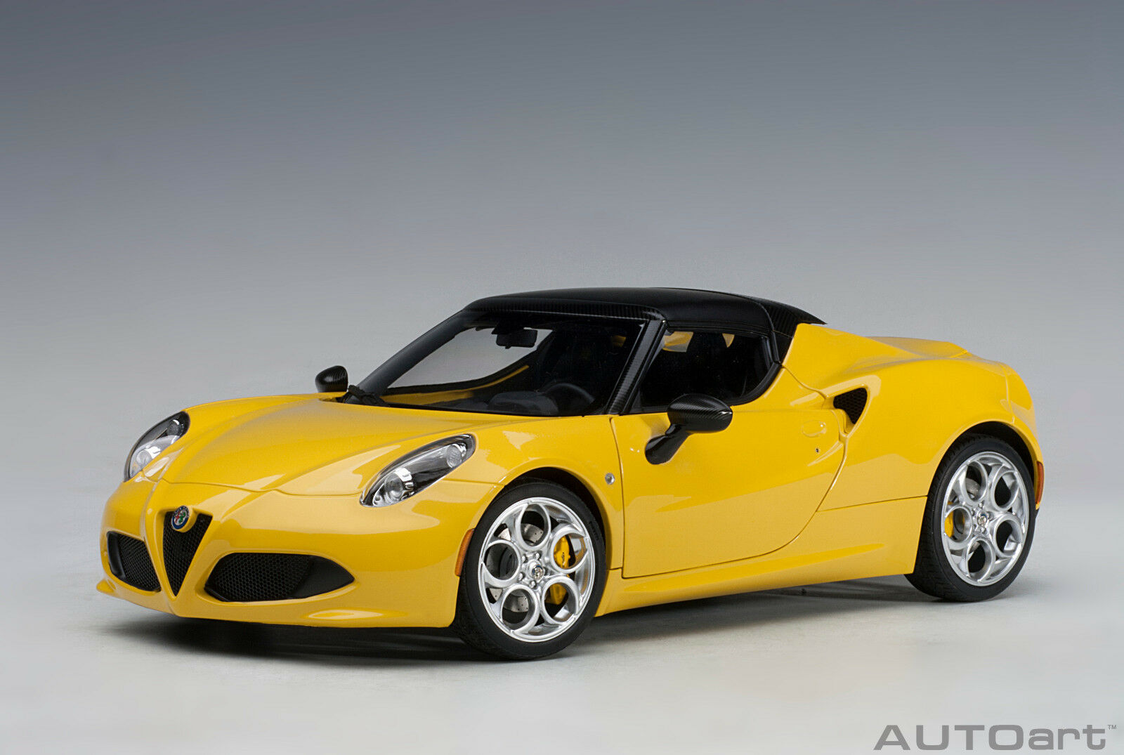 70143 Alfa Romeo 4C 4C 4C Spider (yellow Predo Tipo   Yellow) , 1 18 Autoart 09625c