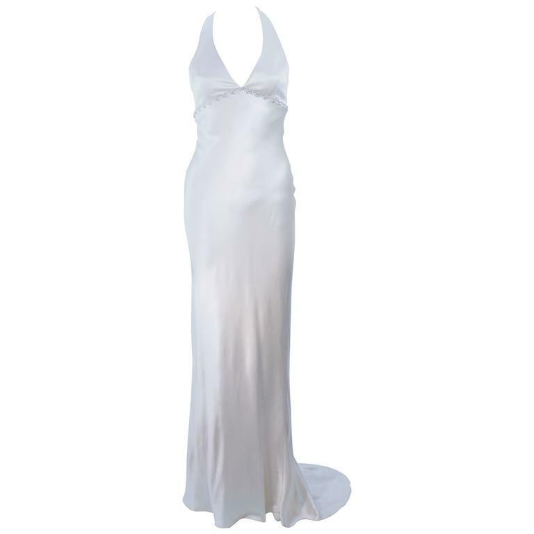 MONIQUE LHUILLIER White Halter Silk Wedding Gown Size 6-8