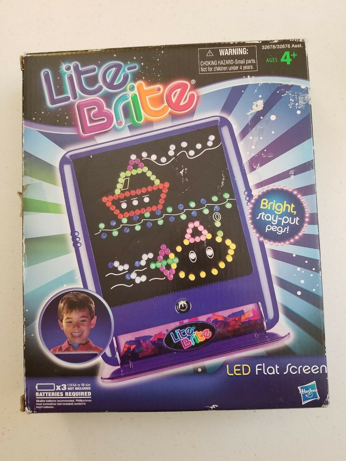 Lite Brite LED Flat Screen With Pegs Battery Operated in box - Fast shipping