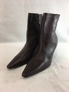 52d1528ed Chaps Dawn Boots Womens 10 M Brown Leather Ankle Boots Side Zip ...
