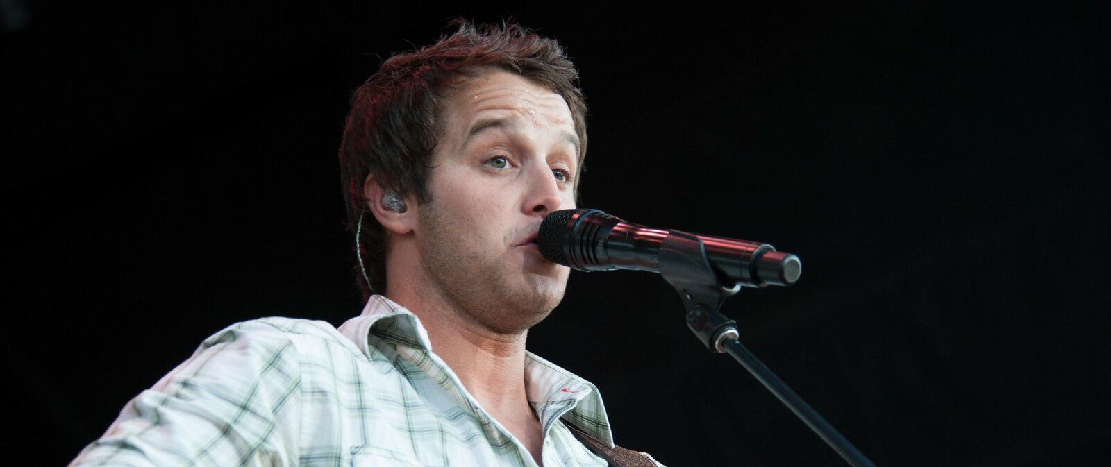Easton Corbin Tickets (16+ Event)