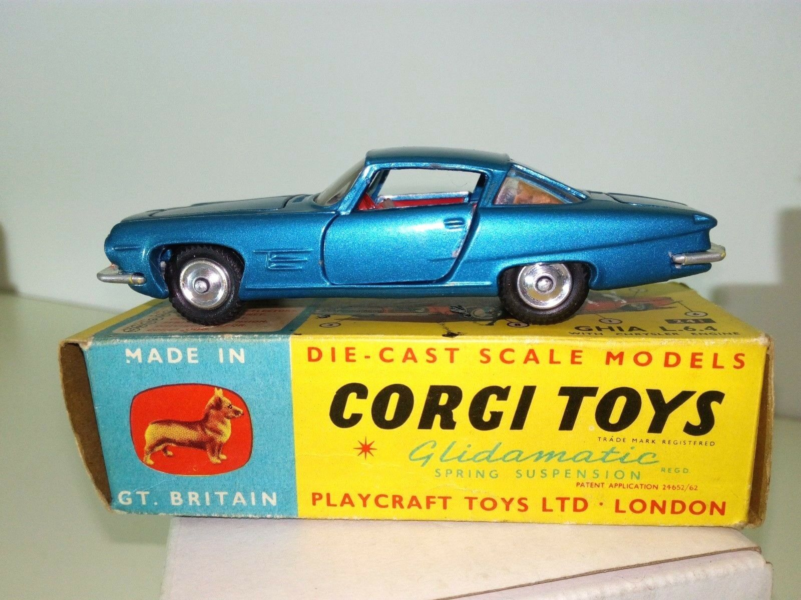 Corgi Spielzeugs made in GT.Britan No.241 Ghia Chrysler L.6.4 mit OVP 1963 KULT