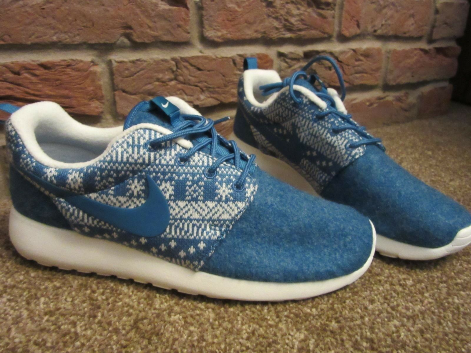 NEW UK 5.5 Womens NIKE Trainers bluee White Roshe 1 Winter Chunky Sole Fair Isle