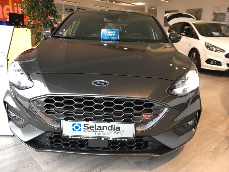 Ford Focus 2,3 EcoBoost ST3 5d - 480.423 kr.