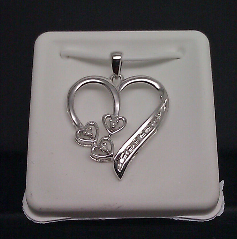 Beautiful 10K White gold Ladies Heart Pendant With Diamonds And Box Chain