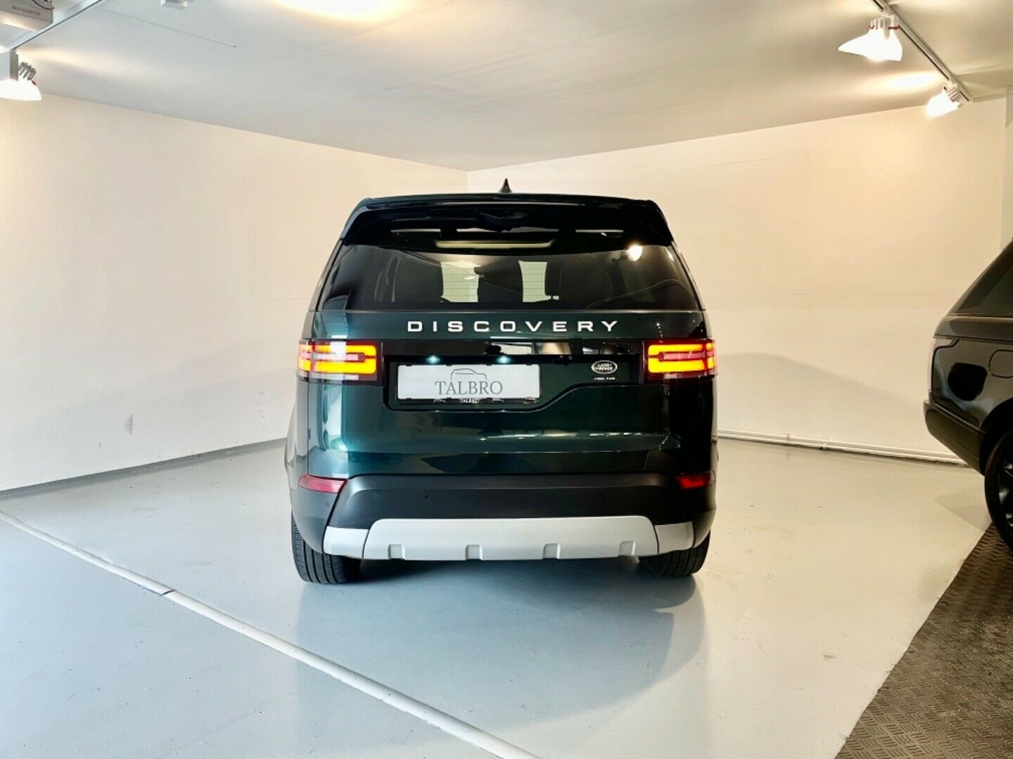 Land Rover – Discovery 5