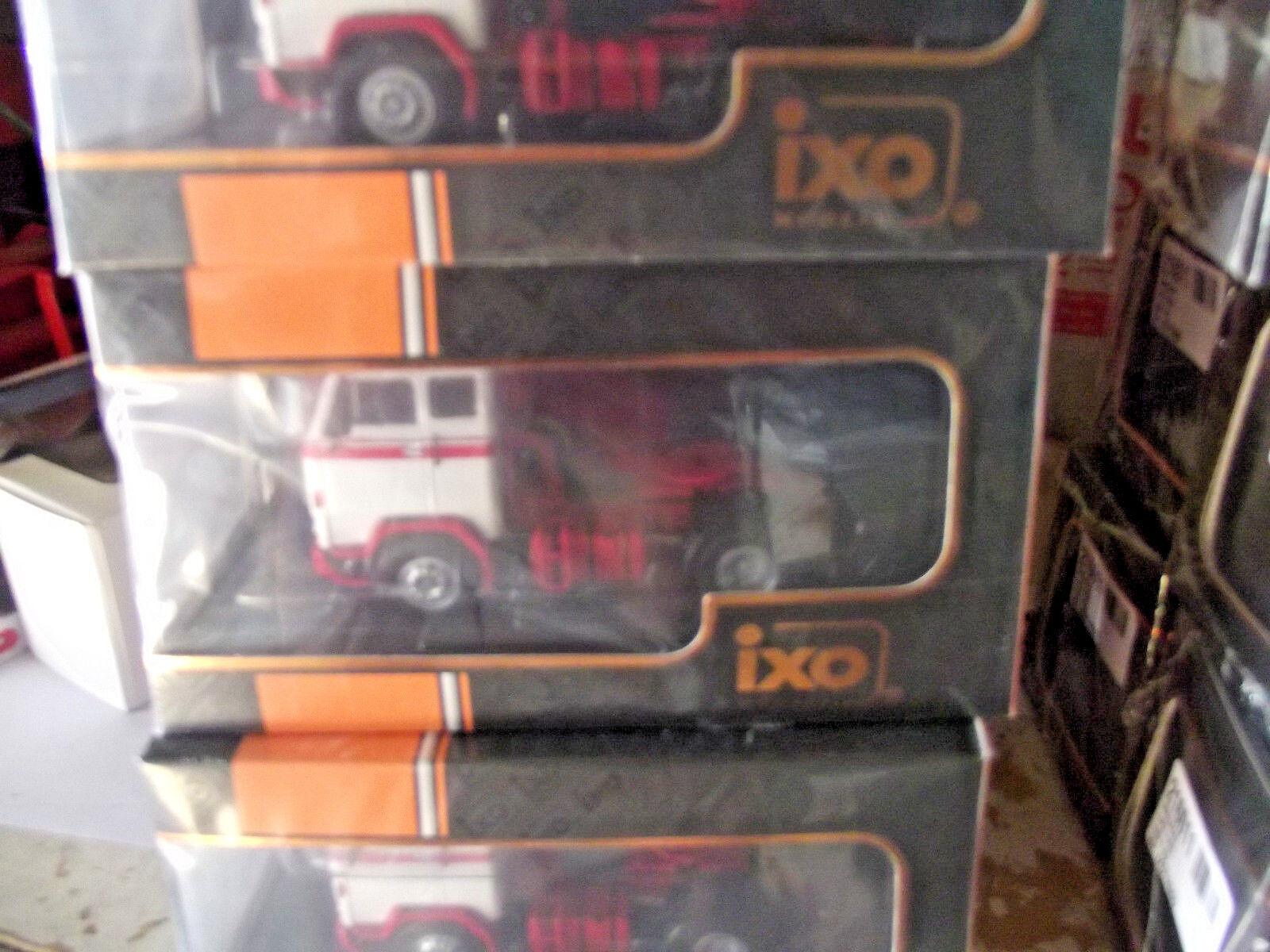 VOLVO  F89 camion tracteur ixo 1 43 IXOTR004