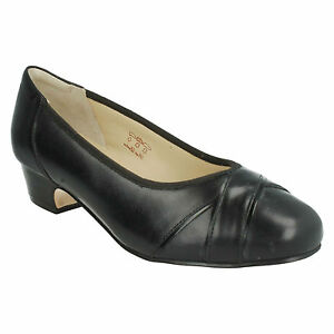 CRESSIDA-LADIES-LEATHER-SLIP-ON-LOW-BLOCK-HEEL-COURT-SHOES-EQUITY-905619-4E-FIT