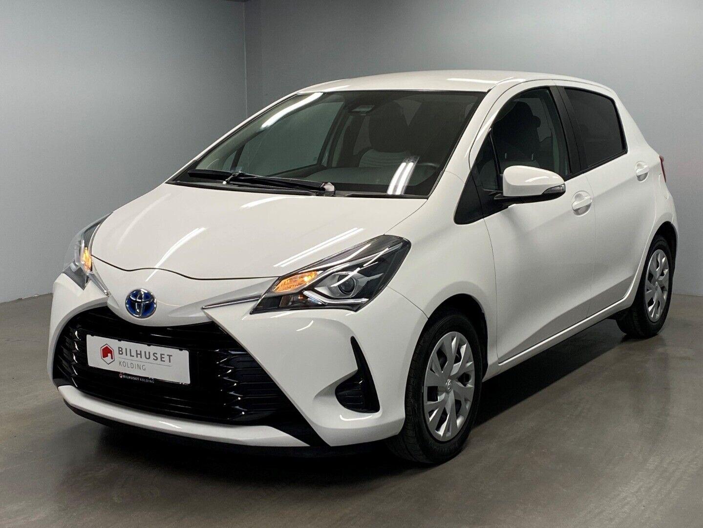Toyota Yaris 1,5 Hybrid H2 e-CVT 5d - 142.900 kr.