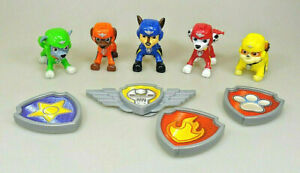 Paw-Patrol-5-personnages-Marshall-Chase-Rubble-Zuma-Rocky-4-badges