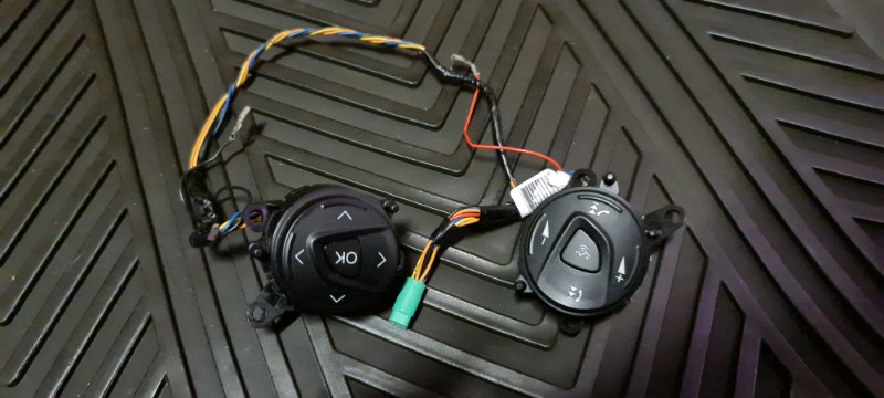 Ford Focus Steering wheel Controls for sale