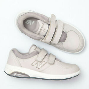 Loop Walking Shoes - Size 7 2A