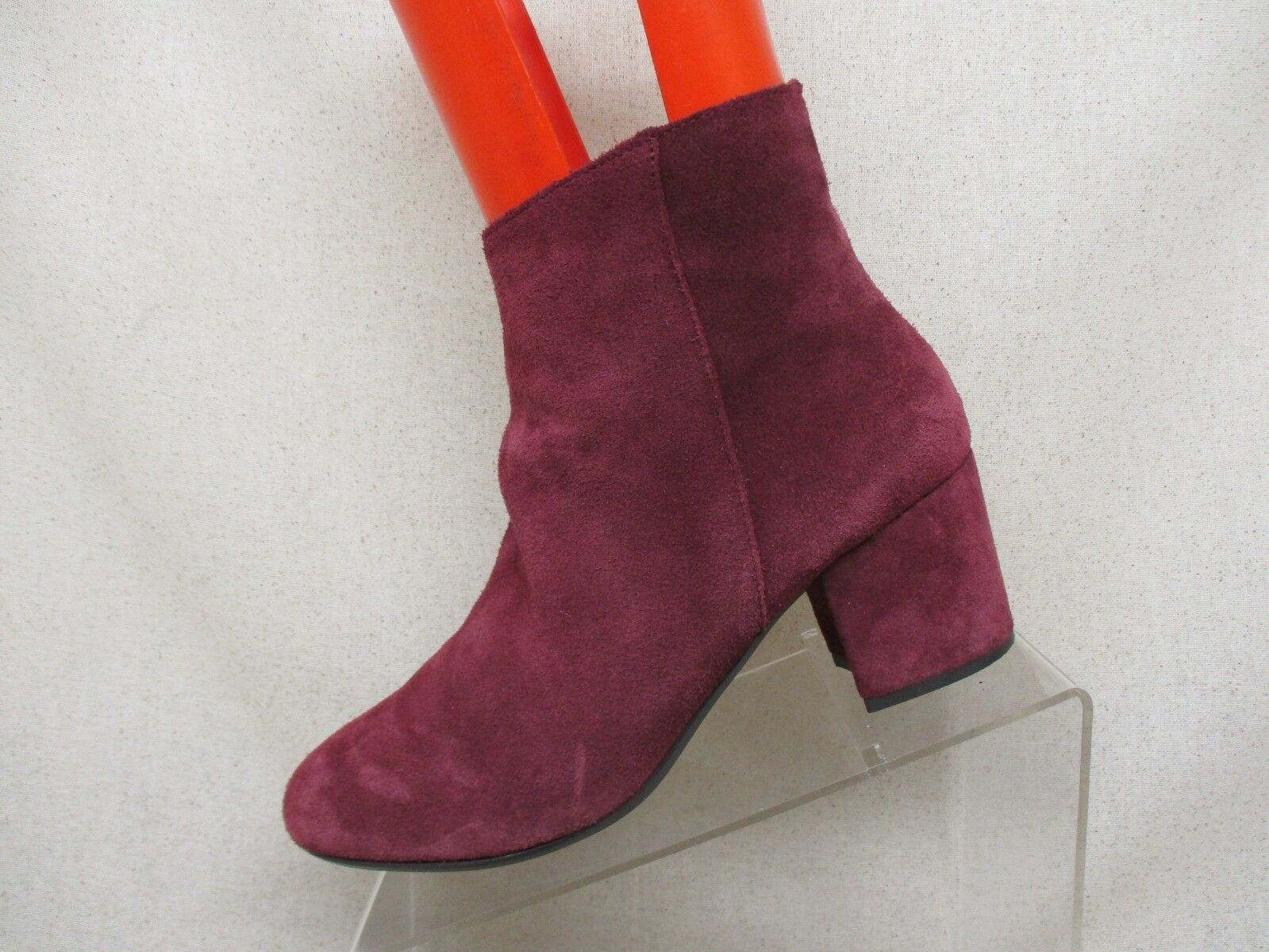 Steve Madden Purple Suede Side Zip Ankle Fashion Boots Bootie Size 9.5 B