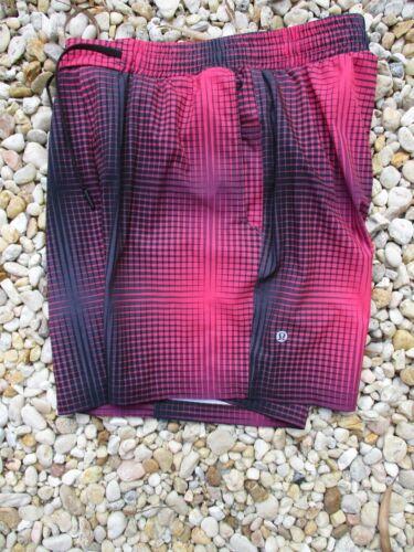 Lululemon EUC authentic black red brief liner elas