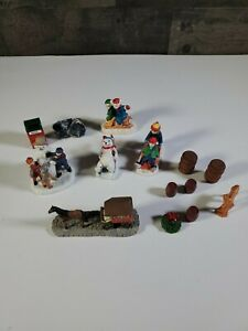 SMALL-LEMAX-AND-NO-NAME-CHRISTMAS-VILLAGE-FIGURINE-LOT-BARRELS-TREES-SLEDDING