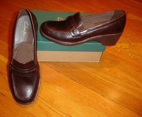 NIB NEW Clarks Women/'s Brown Flume Slip On Loafer Shoes SIZES