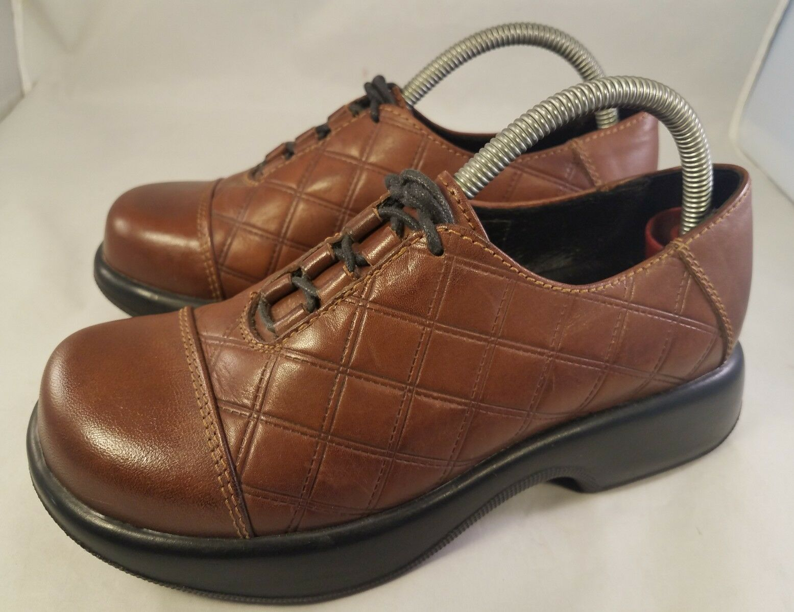 RARE QUILTED DANSKO Damenschuhe Schuhe BROWN QUILTED RARE LACES OXFORDS SIZE 37/ US 7 3a1e2b