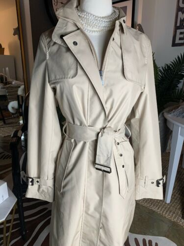 Burberry London Tess Trench Coat Rain Beige 4R Bel