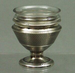 Saliere-Gewuerzschale-oder-Eierbecher-950er-Silber-Saleron-France-Minerve-1-von-2