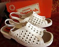 Sz 10 True Vtg 70s Womens White Rubber Strappy Mexican Sandals Sandak 26
