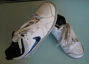 Nike-Boys-Size-5-5-White-Trainers